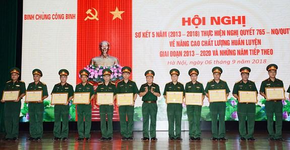 Binh chủng Công binh sơ kết 5 năm thực hiện nghị quyết 765 về nâng cao chất lượng huấn luyện