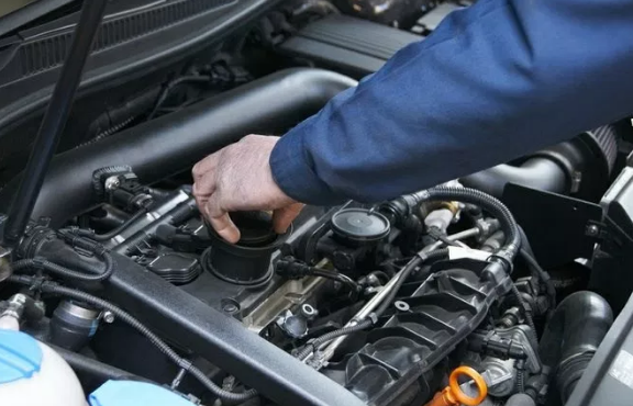 Sửa chữa ô tô 4 chỗ